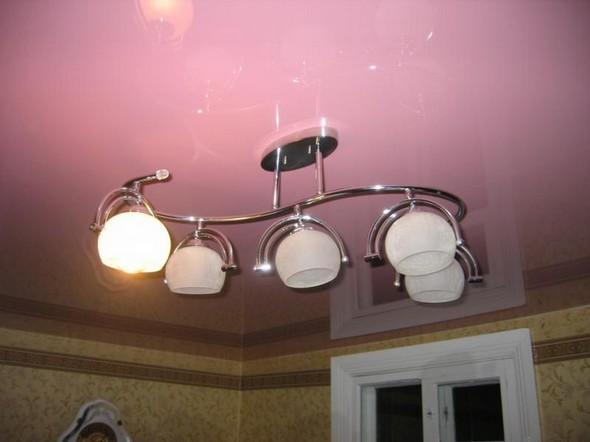 Streç tavan: aydınlatma. Germe tavanlarda avize ve demirbaşlar