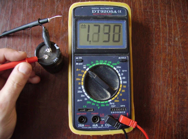 Farad kondenzátor csatlakoztatva